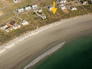 Location of stand - ON the Beach